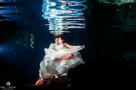 underwater u0026 beach trash the dress riviera maya mexico fineart studio