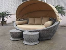 luxury comfortable roofed cane daybed wicker garden oval daybed