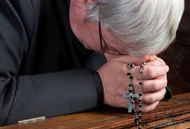 praying rosary rosary