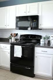 Update An Old Kitchen by Best 25 Builder Grade Kitchen Ideas On Pinterest Builder Grade