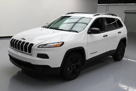 2016 jeep cherokee sport white 2016 jeep cherokee sport altitude bluetooth alloys 15k at texas