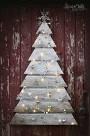 diy tree pallet wood christmas tree craft consumer crafts
