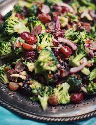cuisiner brocoli brocoli salad lecoupdegrace ca à cuisiner rapidement