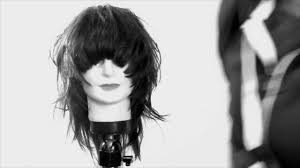 rounded layer haircuts round layer haircut from freesaloneducation com youtube