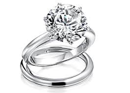 difference between engagement and wedding ring difference engagement vs wedding ring gap between engagement ring
