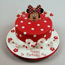 minnie mouse cakes small minnie mouse cake waterfields