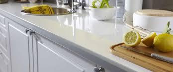 plan de travail cuisine en verre plan de travail cuisine resistant chaleur