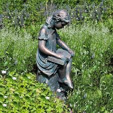 reading garden statue what a wonderful way to decorate the