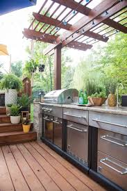 outdoor kitchen ideas for small spaces backyard outdoor kitchen ideas for small spaces covered outdoor