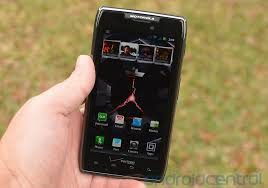 android maxx motorola droid razr maxx supposedly outsells iphone at verizon imore
