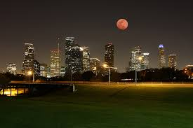 photography houston houstonist flickr photo of the day lunar eclipse downtown