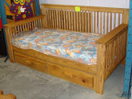 Wooden Daybed Frame Wonderful Mission Style Daybed Frame Bidcrown