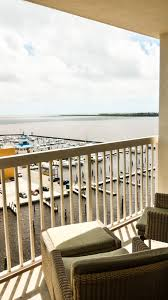 balconey guest rooms biloxi ms hotels