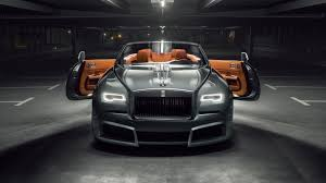 rolls royce ghost gold look at this wide body rolls royce dawn top gear
