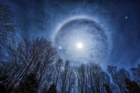 does a ring around the moon is coming soon howstuffworks