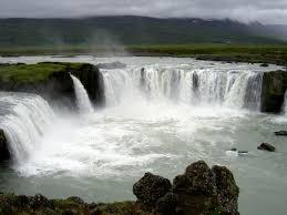 Most Beautiful Waterfalls by 10 Most Beautiful Waterfalls Around The World