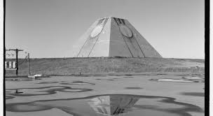 welcome to the pyramid at the end of the world fusion
