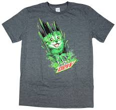 amazon com mountain dew kitty cat ripping though graphic t shirt