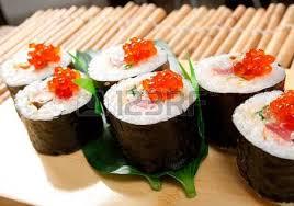 cuisine japonaise traditionnelle assortiment sushi cuisine japonaise cuisine japonaise