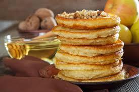 cuisiner des crepes recette de crêpes aux pommes aux noix et à la farine d épeautre