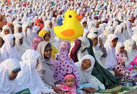 muslims around the world celebrate eid al fitr al jazeera
