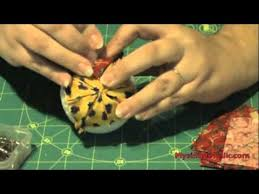 how to make a quilted ornament decoration