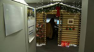 mpls office workers battle for best holiday cubicle wcco cbs