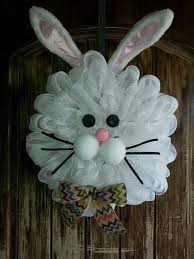 Easter Bunny Decorations To Make by Best 25 Easter Wreaths Ideas On Pinterest Easter Ideas Spring