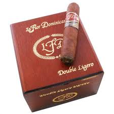 Royal Comfort Cigarillos La Flor Dominicana Double Ligero Maduro Cigars Neptune Cigar
