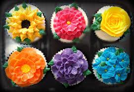 cupcake flowers flower cupcakes cool ideas