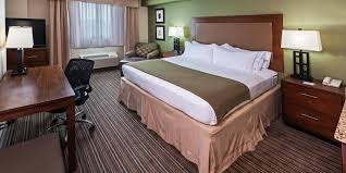 holiday inn express u0026 suites fort worth downtown hotel by ihg