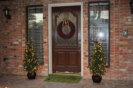 Elegant Christmas Door Decorations by Wall Decor Best 20 Outdoor Brick Wall Decorating Ideas Outdoor