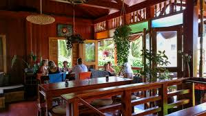baha bar is where to eat in siquijor island