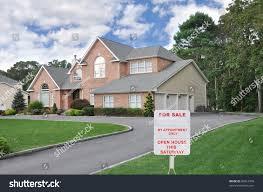 Three Car Garage Realtor Sale Sign On Front Yard Stock Photo 86612998 Shutterstock