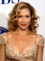 christina applegate hairstyles voice for equality christina applegate freedom to marry