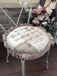 coussin de chaise rond galette de chaise importez des couleurs dans votre intérieur et