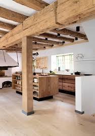 ilot cuisine bois ilot cuisine bois cool ides cuisine u focus sur la cuisine chalet