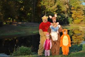Family Halloween Costumes With A Baby Mommycon 24 Babywearing Halloween Costume Ideas