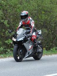 honda 600 cc sportbike rider picture website
