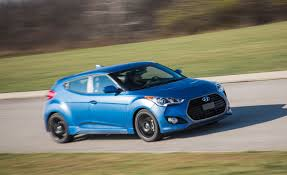 hyundai veloster turbo 2016 hyundai veloster turbo pictures photo gallery car and driver