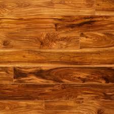 Kentwood Floors Reviews by Roberto Evoke