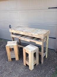 How To Make Bar Stools Enjoy Cocktail Pallet Bar With Stools Diy Furniture Ideas