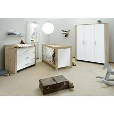 pas de chambre pour bébé chambre bebe blanche pas cher chambre bacbac candeo bois naturel