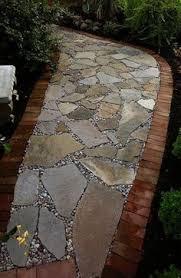 Backyard Walkway Ideas by 10 Wonderful And Cheap Diy Idea For Your Garden 8 Walkways