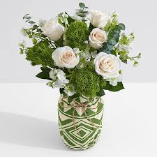 White Rose Bouquet Roses Delivery Send Bouquet Of Roses Online From 19 99