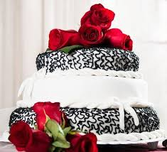 pictures of black and white wedding cakes lovetoknow