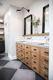 Bathrooms Mirrors Ideas by Best 25 Bathroom Mirror With Shelf Ideas On Pinterest Framing