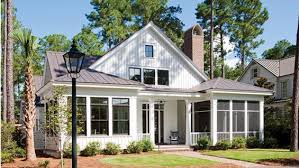 country style house lovely low country style house w lots of features hq plans