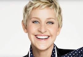 4 elegant short hairstyles for women over 50
