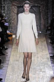 Wedding Dresses 2011 Valentino Spring 2011 Haute Couture Dreamy Wedding Dress